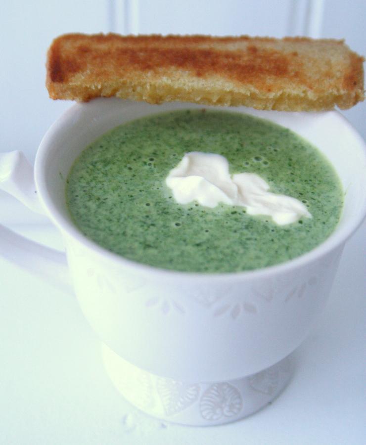 broccoli spenat soppa
