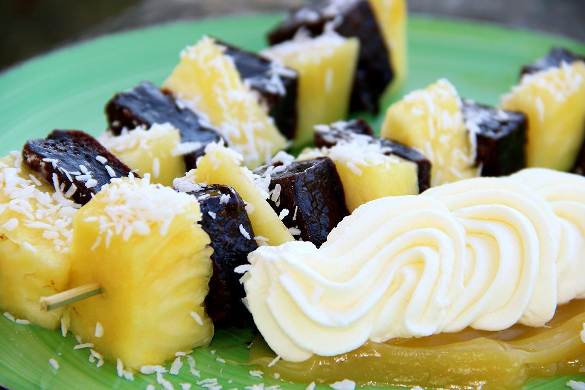 kryddburken_kalddkaka_spett_ananas_dessert