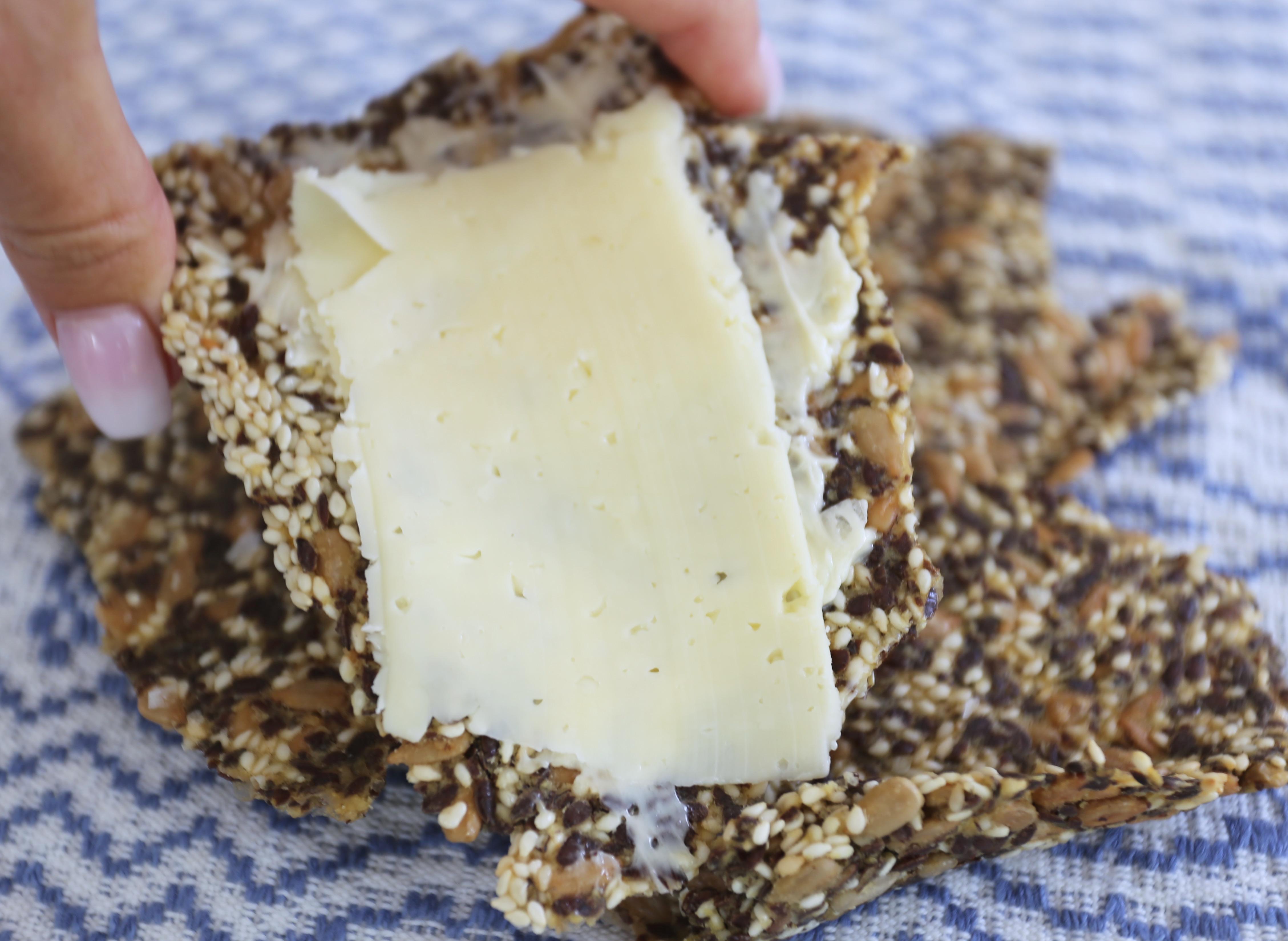 fröknäcke med ost