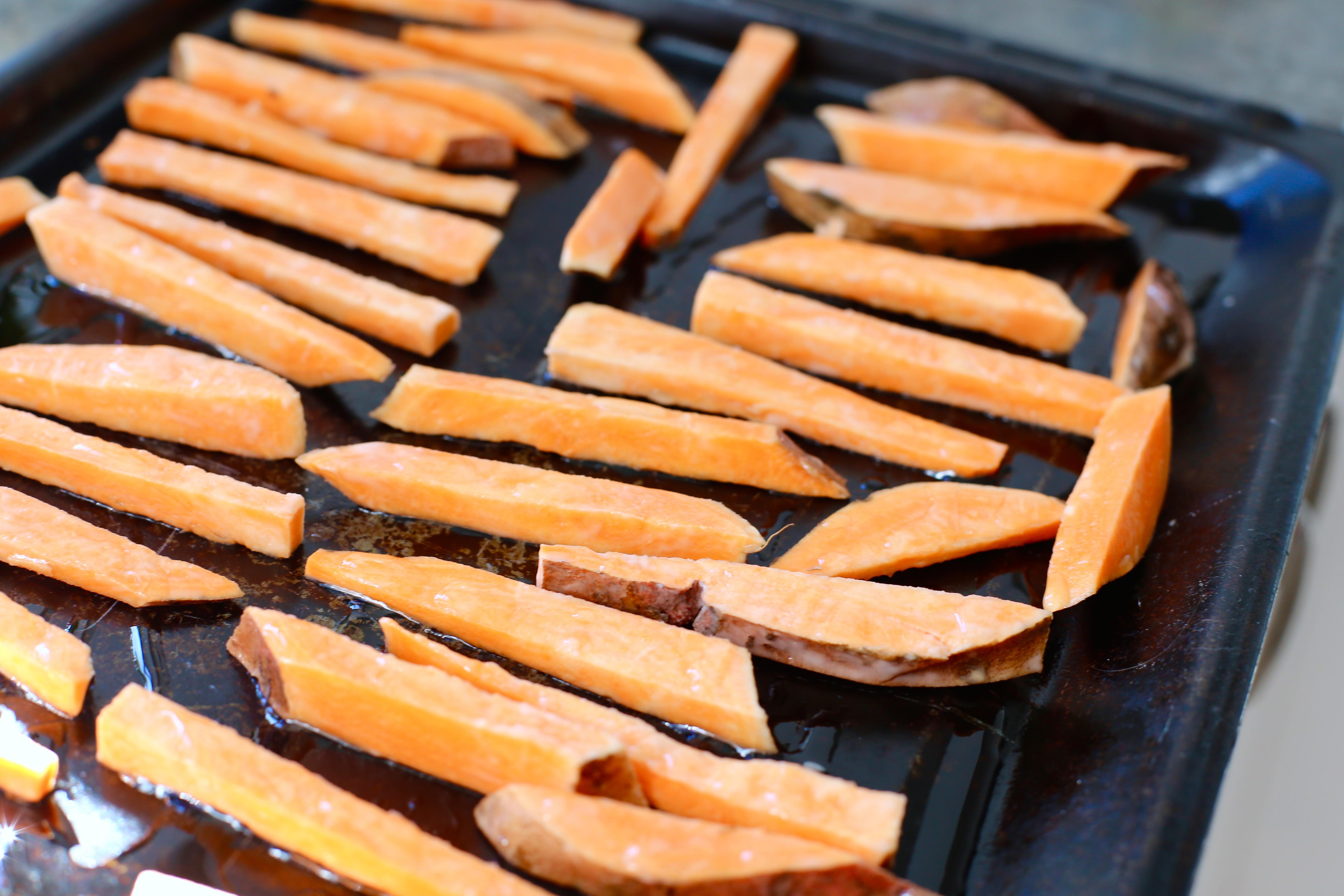 potatis och sötpotatis i ugn