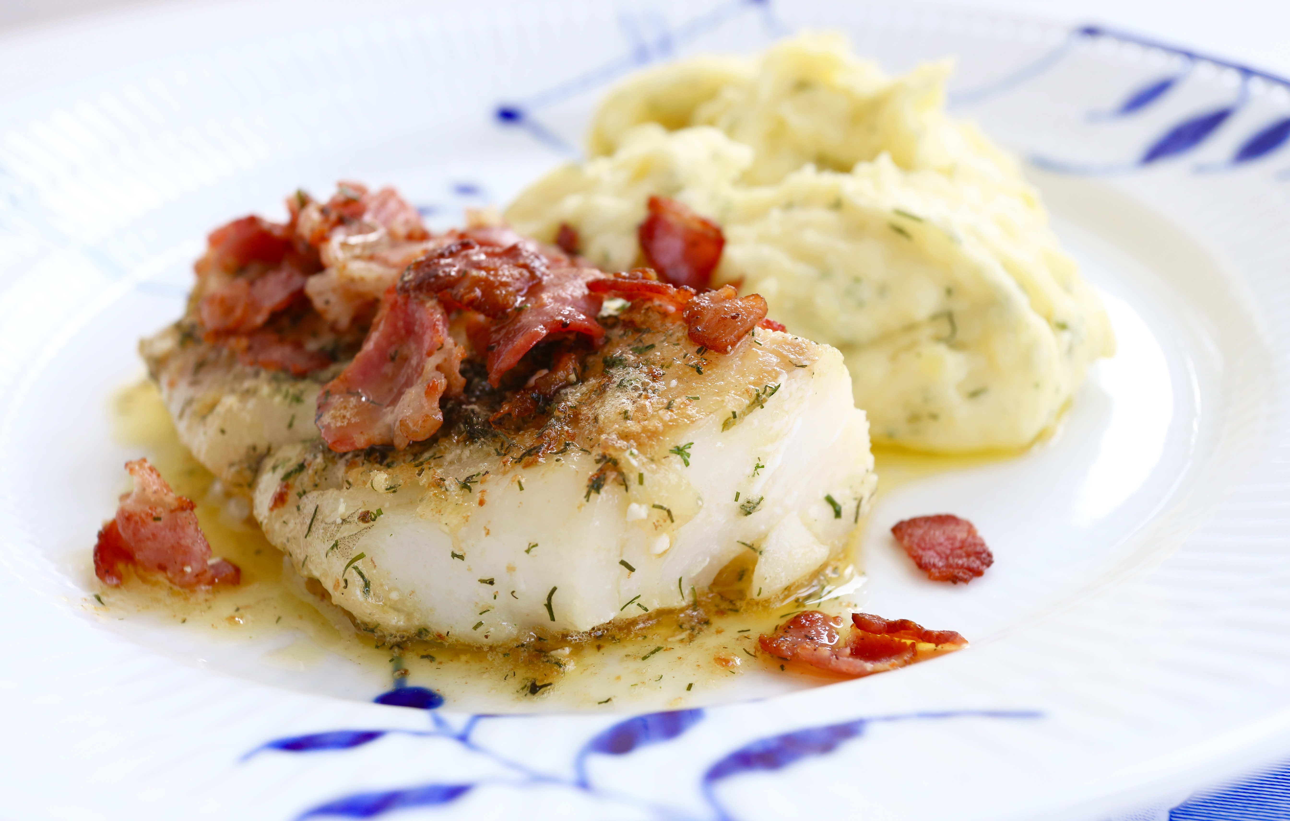 recept torskrygg med bacon